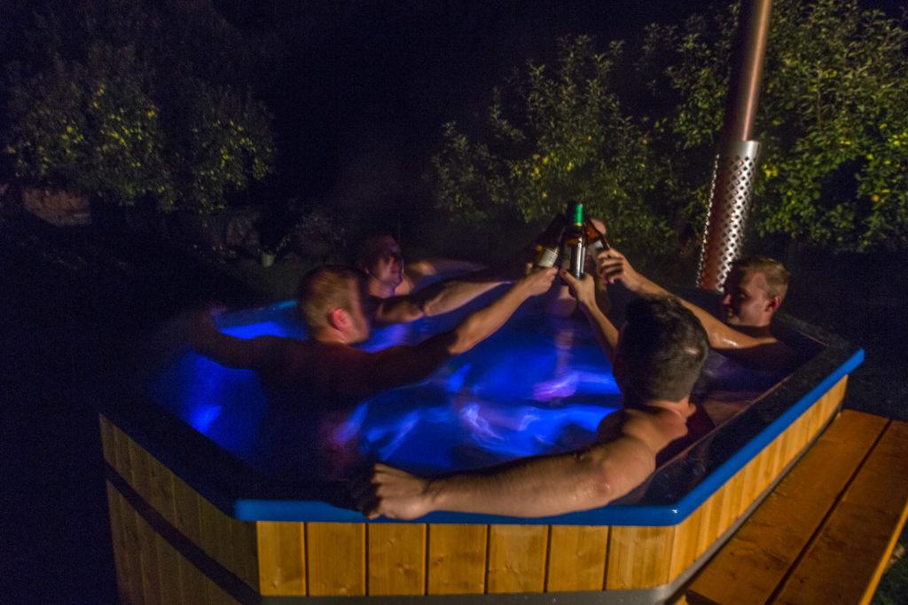 kumblustunni-rent-õhtu-sõpradega